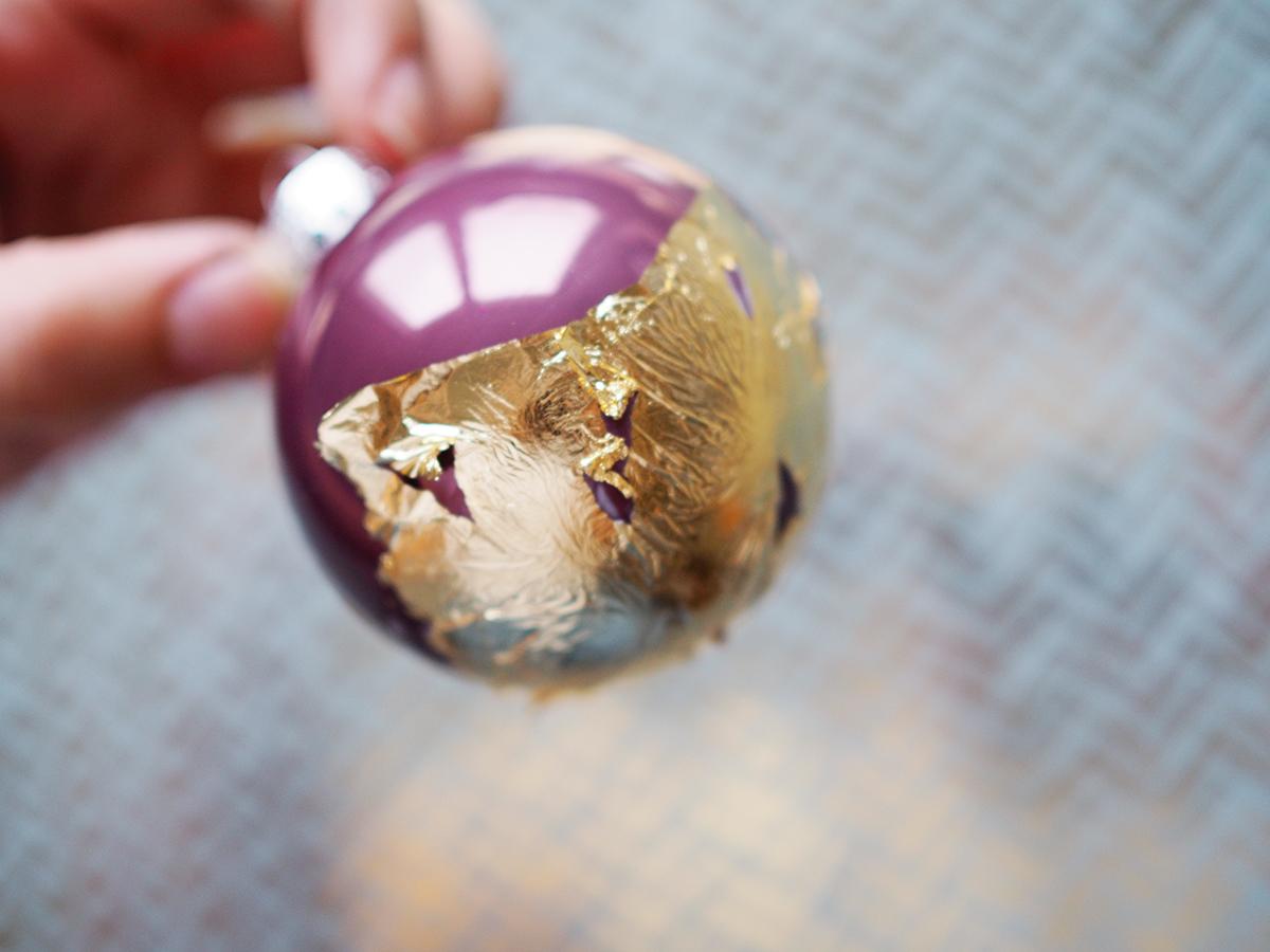 Baumkugeln Weihnachten Christbaumschmuck DIY Blattgold